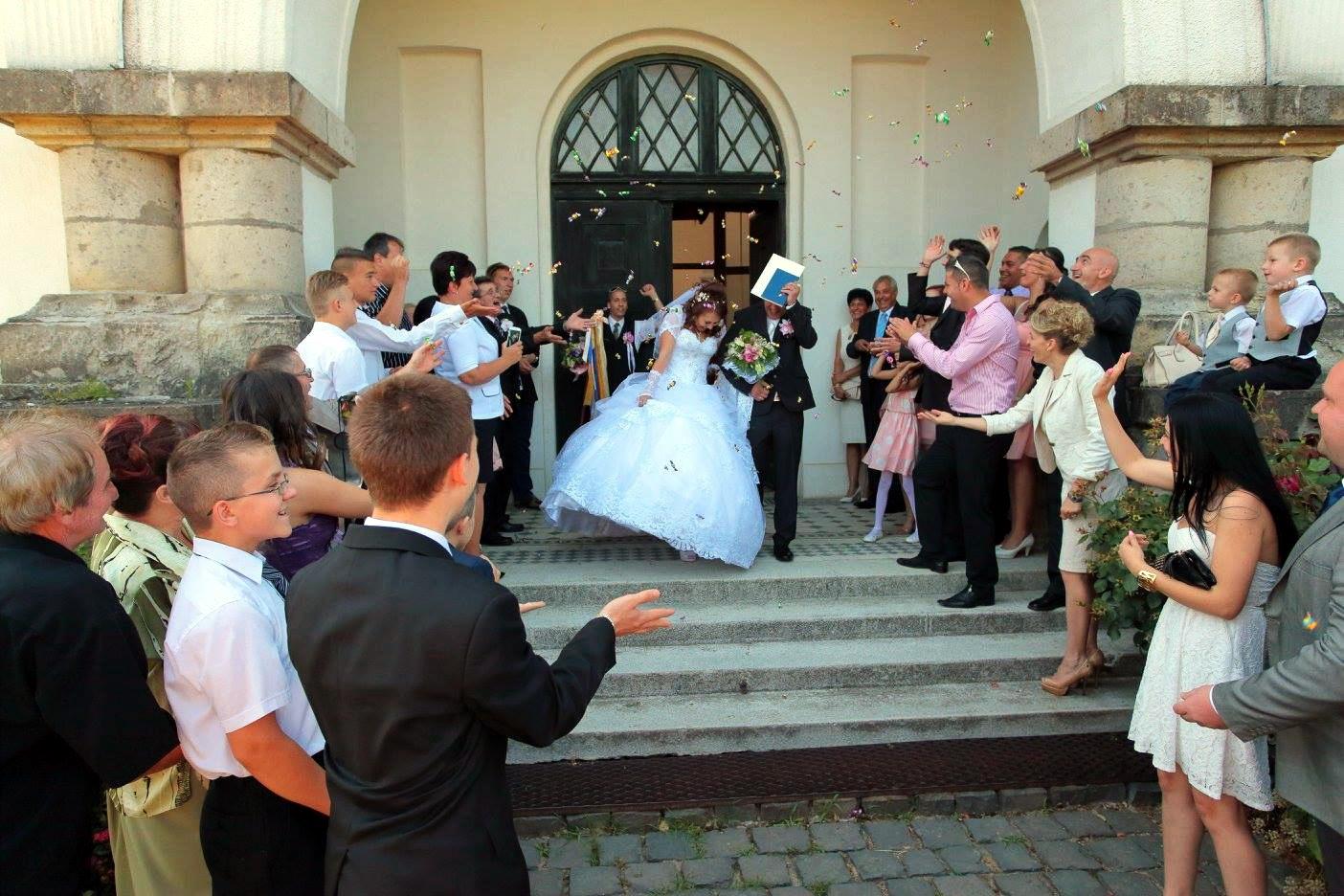 ceremoniamester-arak-kedvezmeny-vofelyunk.hu